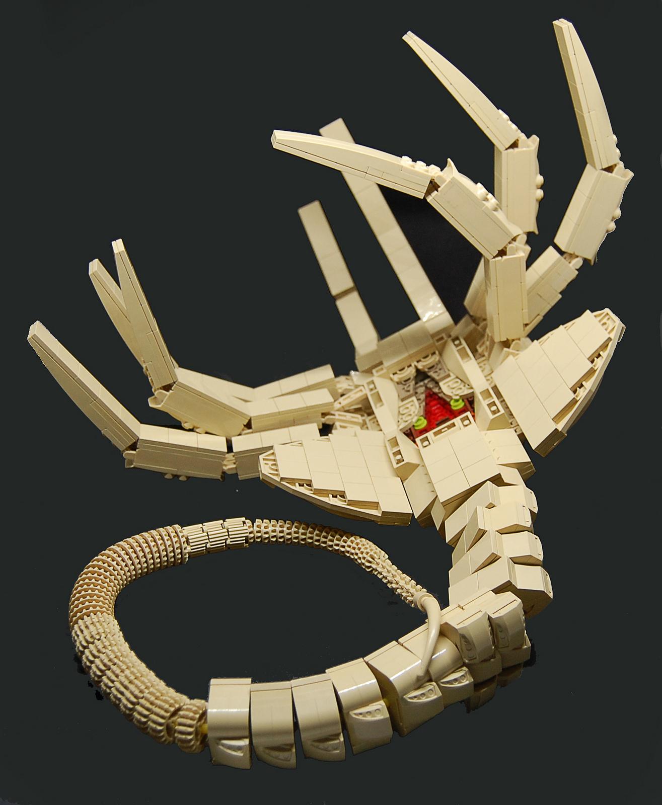 ксеноморф саморобка lego