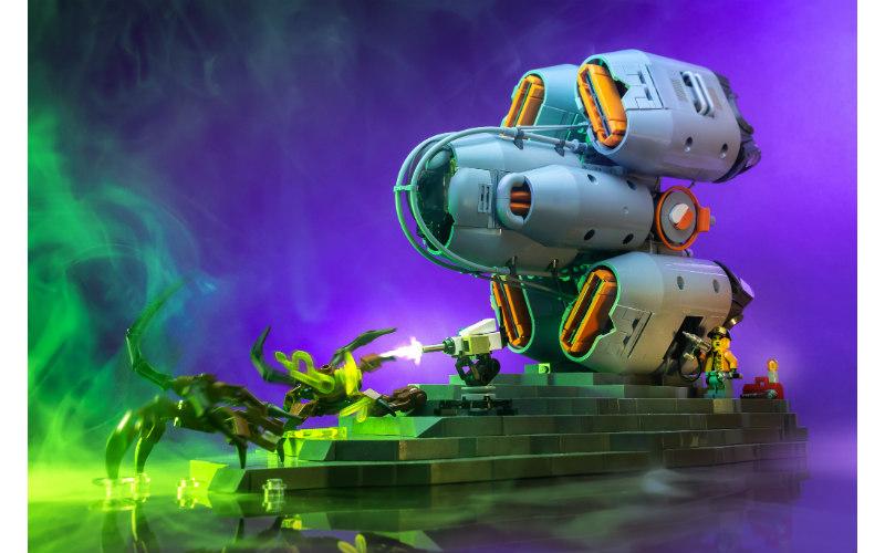саморобка лєго космічний корабель